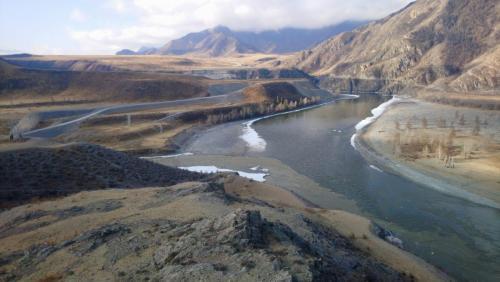 Слияние рек Катунь и Чуя